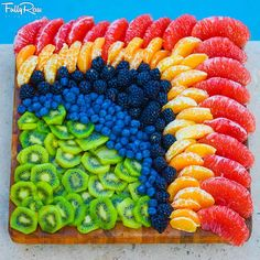 19 Ideas Fruit Plate Designs Veggie Tray For 2019 Fruit Decorations, Food Decoration, Balloon Decorations, Fruit Platter Designs, Platter Ideas, Fruit Designs, Raw Food Recipes, Healthy Recipes, Healthy Food