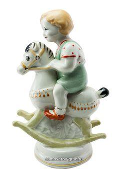 Статуэтка ПЗКХ «Мальчик на лошадке (Всадник)» купить в интернет-магазине «Самоваров град».