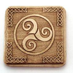 2066973c9179531bd49ac98a2159749b--saint-james-celtic-knots.jpg (400×400)