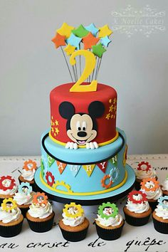 Mickey Geburtstagstorte Mickey Mouse Clubhouse Theme Cake K .- Mickey Geburtstagstorte Mickey Mouse Clubhouse Theme Cake K Noelle Cakes Cakes K… Mickey Geburtstagstorte Mickey Mouse Clubhouse Theme Cake K Noelle Cakes Cakes K – Grand babies – - Bolo Do Mickey Mouse, Fiesta Mickey Mouse, Mickey Mouse Clubhouse Birthday Party, Mickey Mouse Parties, Mickey Party, 1st Birthday Parties, Birthday Ideas, Minnie Mouse, Mickey And Minnie Cake