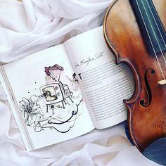 Każdy poniedziałek to moje #małeświęto  ________________ #fotowyzwaniejestrudo | #violin | #violino | #violinist | #violinlife | #skrzypaczka | #skrzypce | #muzyka | #geige | #fiddle | #musicaclassica | #instrument | #instaclassical | #bestmusicshots |  #stringmusician | #talentedmusicians | #instamusiciansdaily | #skrzypczyni | #bookcommunity | #booklover | #książka | #czytaniejestsexy | #bookoftheday | #pastels | #readingnow | #tv_living