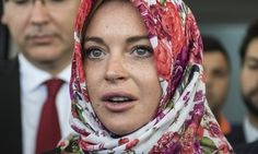 Lindsay Lohan Claims She Was Profiled While Wearing A Headscarf | The Huffington Post