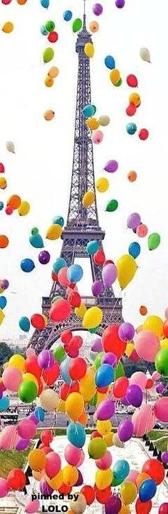 Balloons & The Eiffel Tower - Paris - France - Via Torre Effiel, Paris Torre Eiffel, Paris Eiffel Tower, Paris France, Oh Paris, I Love Paris, From Paris With Love, Over The Rainbow, Paris Travel