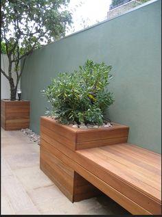Wall colour for garden walls