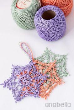 Shabby-chic crochet star ornament, by Anabelia