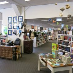 17 Spectacular Bookshops In Australia To See Before You Die