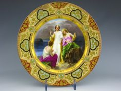 CLASSICAL THEMED BEEHIVE PORCELAIN PLATE : Lot 139