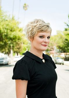 The outspoken actress is much more than 'Raising Hope. Martha Plimpton, Growing Out Hair, Good Wife, Grow Out, Shaggy, Hair Dos, Raising Hope, Short Hair Styles, Hair Beauty