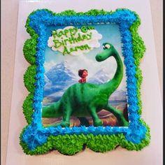 Good dinosaur birthday cupcake cake