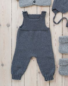 Ravelry: Nr 7 Sparkebukse pattern by Sandnes Design babykleidung Nr 7 Sparkebukse Baby Pants Pattern, Baby Boy Knitting Patterns, Jumpsuit Pattern, Baby Patterns, Knit Patterns, Vogue Patterns, Jacket Pattern, Vintage Patterns, Vintage Sewing