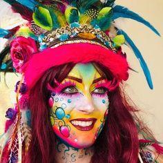 Sôkkertantes Make-up Make-up von Maria Heynen # Make-up # Make-up Beispiele # . - Famous Last Words Halloween Clown, Halloween Face Makeup, Karneval Diy, Piercings, Character Makeup, Maquillaje Halloween, Up Costumes, Make Up Art, Hobbies For Women