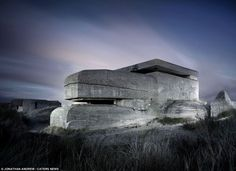 The essence of architecture: shelter. WWII bunker by photographer Jonathan Andrew. Abandoned Buildings, Abandoned Places, Omaha Beach, Doomsday Bunker, Long Exposure Photos, Underground Bunker, Modernisme, Foto Art, Fortification
