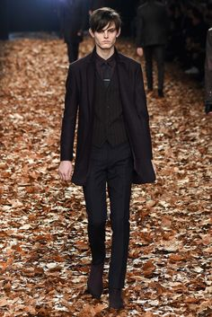 John Varvatos Fall 2015 Menswear Collection Photos - Vogue