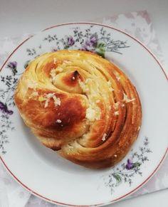 Helenkine dobroty - Cesnakové uzle Nom Nom, Food And Drink, Pie, Cooking Recipes, Bread, Desserts, Buns, Easter, Hampers