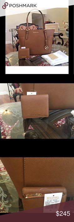 Authentic Michael kors handbag+wallet firm price❤️ Brand new with tags authentic Michael kors handbag+wallet set Michael Kors Bags Shoulder Bags