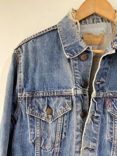 Vintage Levis Jacket, Levis Jean Jacket, Levis Jeans, Denim, Cool Patches, Tuxedo, Underarm, Big, Sleeves