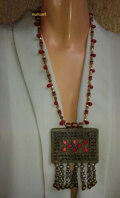 Yemenite Prayer Box jewelry on Coral and golden beads
