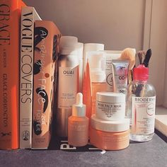 EAUTY+BOOKS BY BEL. (@5totry) • Instagram photos and video Beauty Book, Your Boyfriend, Personal Care, Skin Care, Photo And Video, Bottle, Face, Books, Photos