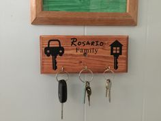 Key Holder, Personalized, Family by WoodyWoodWorks on Etsy