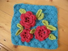 crochet...pretty with yellow roses too
