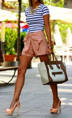 Ultra feminine bow shorts with striped top fashionista Look Fashion, Fashion Beauty, Womens Fashion, Fashion Trends, Fashion 2014, Fashion Ideas, Preppy Fashion, Street Fashion, Fashion Shoes