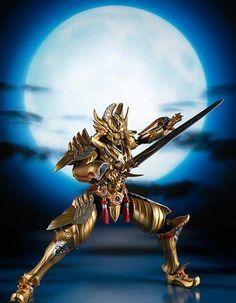 Premium Bandai Limited S.H.Figuarts #Garo Crimson Moon Golden Knight Garo Raikou ver starts preorder. View here: http://www.blacknovatoys.com/s-h-figuarts-garo-crimson-moon-golden-knight-garo-raikou-ver-limited.html