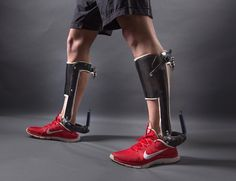 It isn't quite the soft exosuit that DARPA's working on, but scientists have developed a lightweight exoskeleton that'll take some of the work out of wal