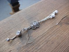 Diamond Dangle w/pearl Belly Ring 14 Gauge