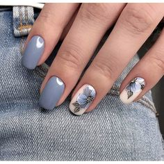 """If you're unfamiliar with nail trends and you hear the words """"coffin nails,"""" what comes to mind? It's not nails with coffins drawn on them. It's long nails with a square tip, and the look has. Grey Nail Designs, Nail Designs Spring, Nail Polish Designs, Nagellack Trends, Wedding Nails Design, Blue Wedding Nails, Nail Wedding, Gray Nails, Glitter Nails"""