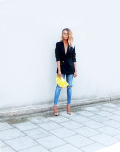 ROMEO'S FASHON FIX.: WAFFLES & FOOTBALL Jeans and Leopard heels