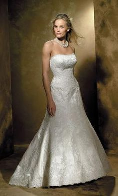 Allure 8360, find it on PreOwnedWeddingDresses.com