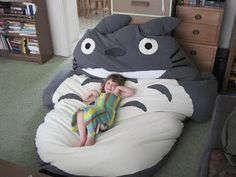 I love this but too much work for a diy project. giant Totoro bean bag chair