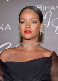 Rihanna wears Chopard jewelry at a Chopard dinner in her honor during the 2017 Cannes Film Festival, May 2017. #cannes #festivaldecannes #cannes2017 #cannesfilmfestival #redcarpet #celebrity #fabfashionfix #rihanna #chopard