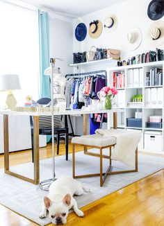 The Best Modern Home Office Design Elements Home Office Closet, Home Office Decor, Office Ideas, Office Interior Design, Office Interiors, Blue Interiors, Modern Home Offices, Room Decor, Wall Decor