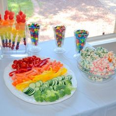 Rainbow 1st birthday party! [fruit/veggie rainbows]