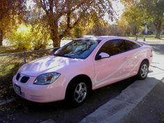 Pink Pontiac G5 Coupe. Yes.