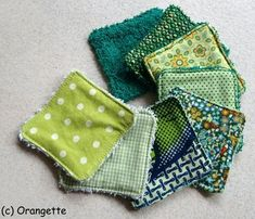 Tuto washcloth wipe and washable paper towel TutorialTutorialCleansing wipes Couture Main, Coin Couture, Couture Sewing, Bees Wrap, Creation Couture, Sewing Accessories, Diy Gifts, Diy And Crafts, Sewing Projects