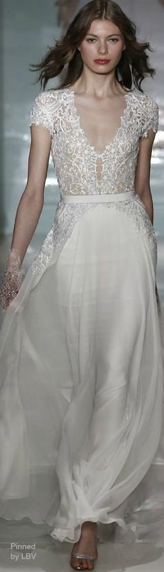 Reem Acra Spring 2015 | *♔ Couture ♔ Robes Blanches | White wedding | www.endorajewellery.etsy.com