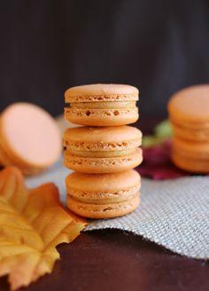 Sweet Potato Pie Macarons #recipe from culinarycoutureblog.com