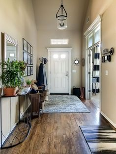 How I Got a High-End Look for Less {Entryway Before & After} - Polished Habitat