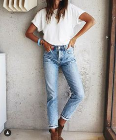 Women Jeans Outfit Plus Size Online Shopping Ladies Cream Trousers Leather Look Jeans Girls Camo Pants Boyfriend Jeans Style Jeans And Heels Outfit – azalearlily Look Fashion, Fashion Outfits, Womens Fashion, Fashion Trends, Fashion Clothes, Cheap Fashion, Modest Fashion, Affordable Fashion, Fashion Design
