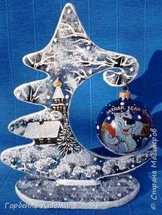 Aprende cómo hacer adornos de navidad reciclando cartón