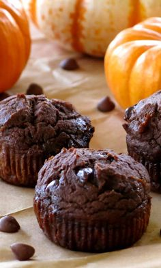 Healthy Chocolate Pumpkin Muffins are made with whole grains, no oil, extra protein, lots of pumpkin and are absolutely irresistible! You're going to want to make a double batch of this healthy chocolate pumpkin muffin recipe…one to gift to someone special and another batch to enjoy at home.  The gift of food is always …
