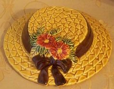 Lefton Wall Pocket Straw Hat Golden Wheat by vintagesouthwest