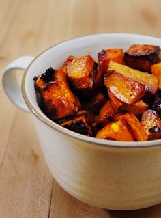 """Roasted Balsamic Sweet Potatoes ¼ cup decent balsamic vinegar 1 tbsp packed dark brown sugar ¼ cup butter 1 tsp salt large sweet potatoes peeled and chopped into ¼"""" cubes Side Dish Recipes, Vegetable Recipes, Vegetarian Recipes, Cooking Recipes, Healthy Recipes, Protein Recipes, Healthy Sweets, Cookbook Recipes, Cooking Tips"""