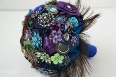 Peacock fabric flower bouquet | Bukieteria