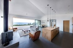 Dwell - A Modern Holiday Home on a Cliff on the South Coast