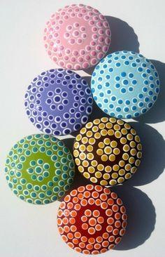 Boutons de meubles repéré rondes pastels de bois
