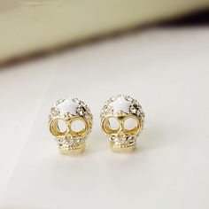 Sweet personality skull earrings