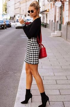 Fantastic Summer Outfits To Copy Now schwarzes langärmeliges hemd. Winter Skirt Outfit, Fall Winter Outfits, Spring Outfits, Autumn Winter Fashion, Dress Winter, Outfit Summer, Classy Outfits, Casual Outfits, Cute Outfits